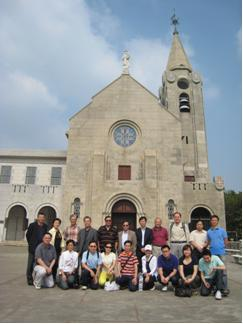 Members of the Hong Kong Statistical Society visited the Chapel of Our Lady of Penha, a famous tourist site in Macao
